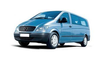 Minibus 9 places full