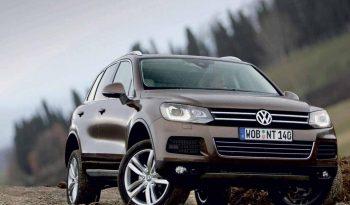 Volkswagen Touareg V6 full